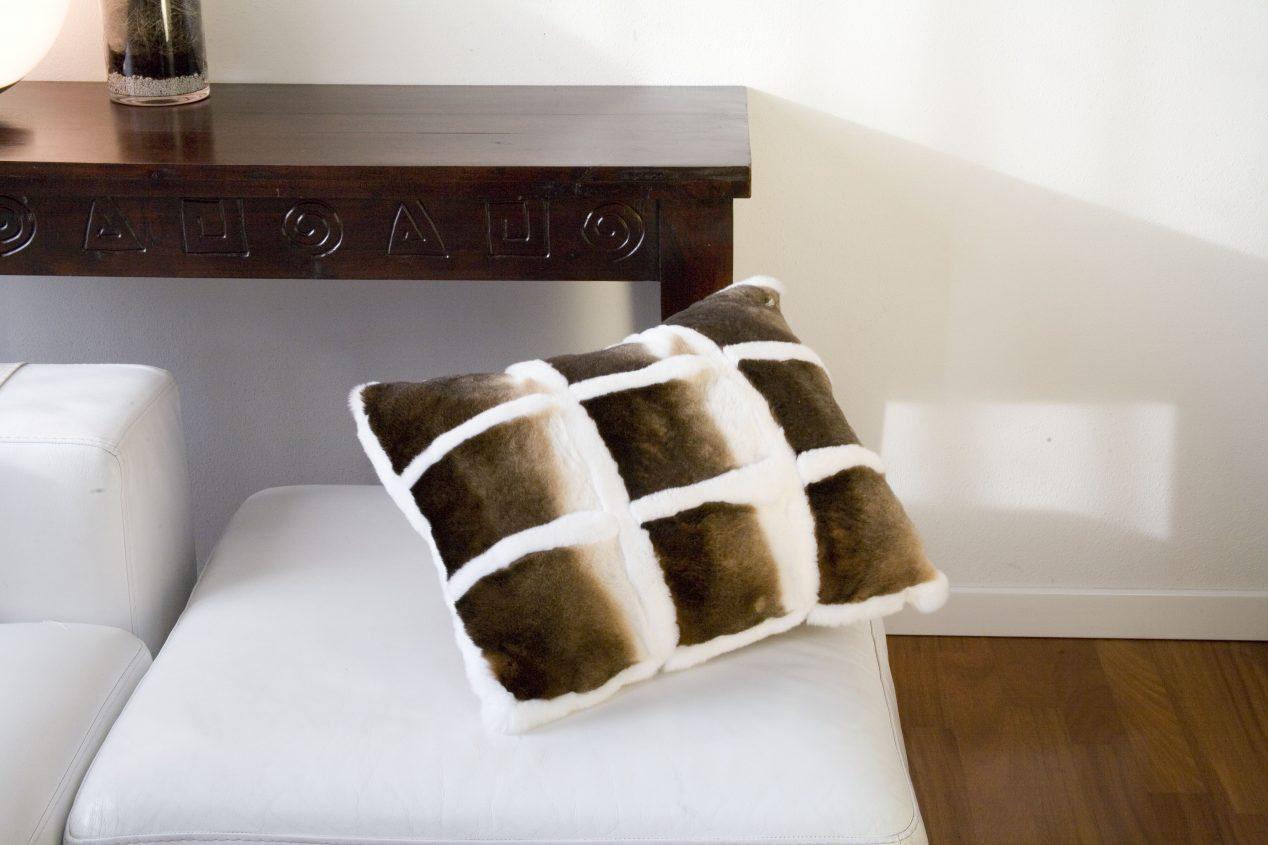 cuscino in pelliccia